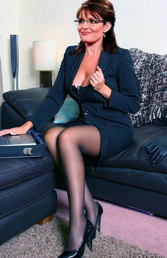 Sarah palin wearing pantyhose