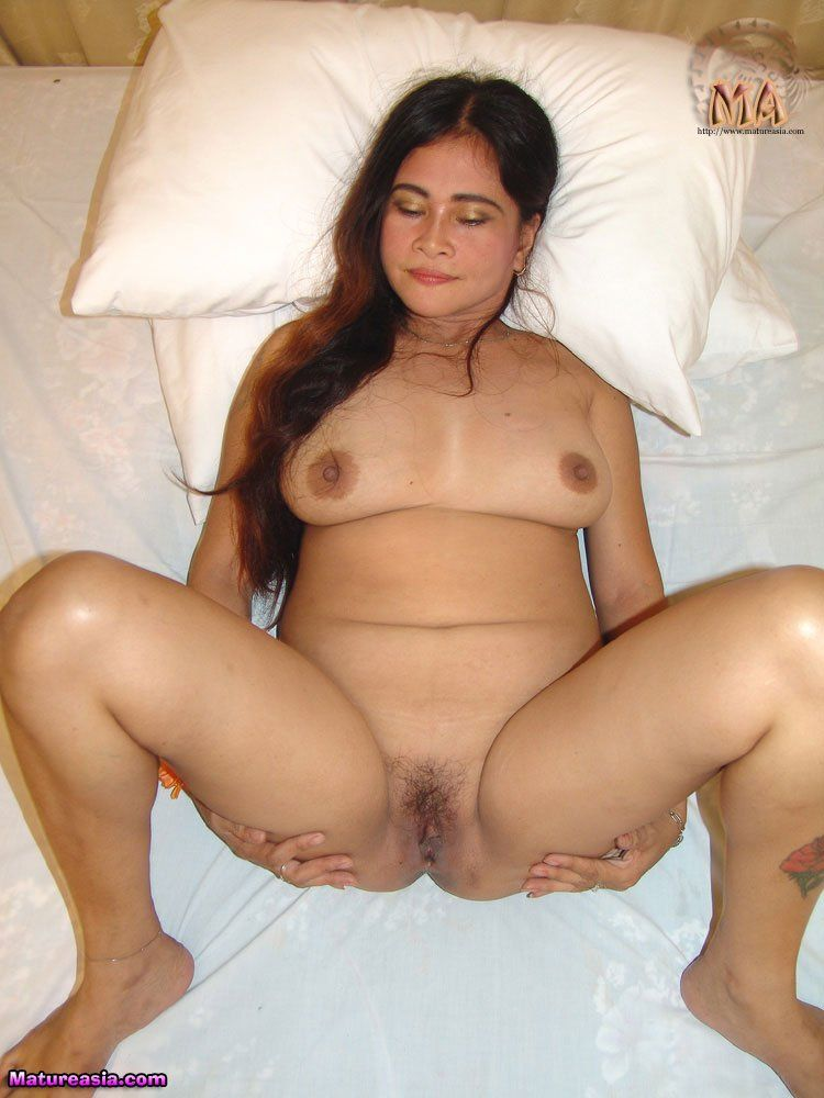 Beautiful nude mature black women