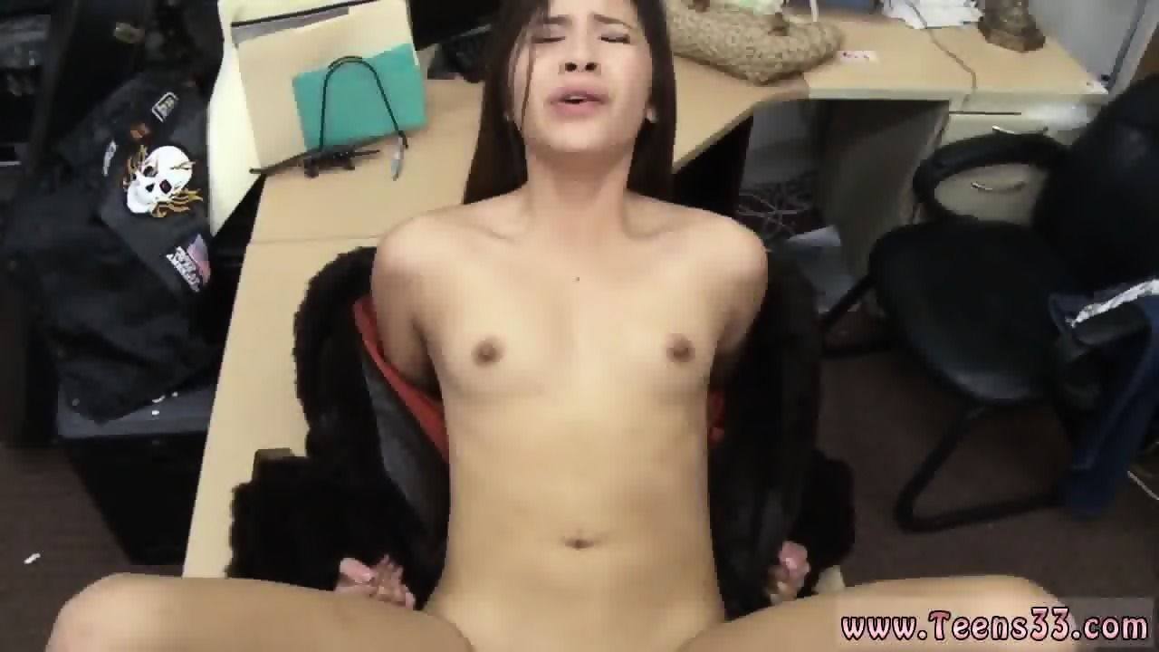 Free cumshot in pussy clips