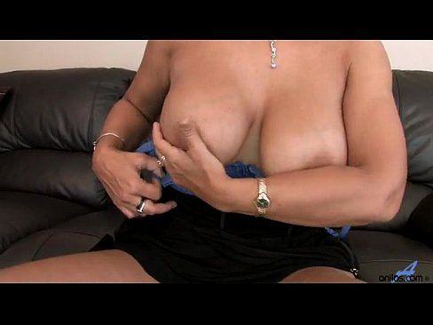 Mature clips fingering