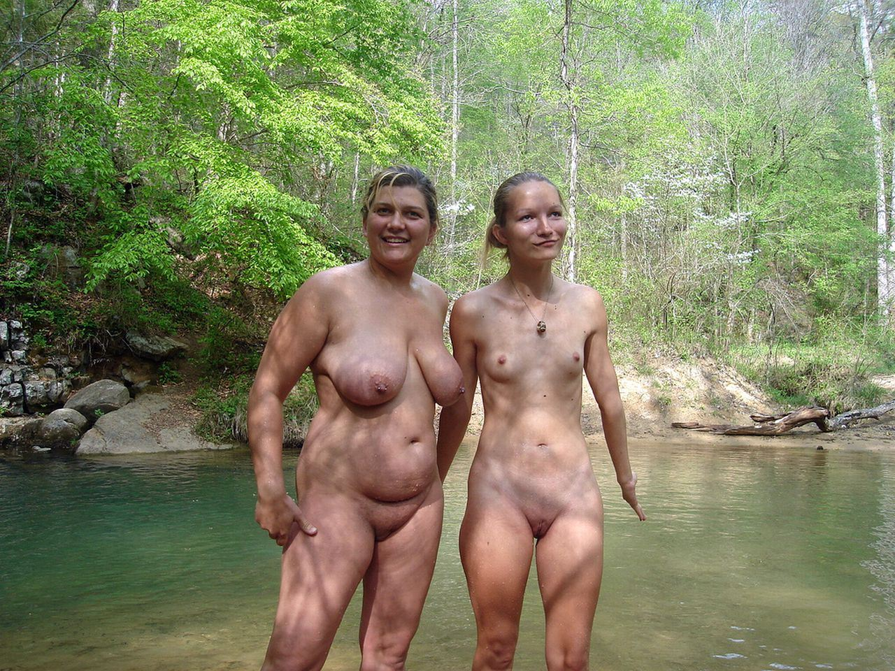 Japanese family naturist nudist
