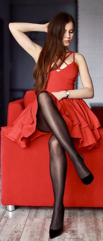 Ci-Ci D. reccomend Crossed legs and pantyhose