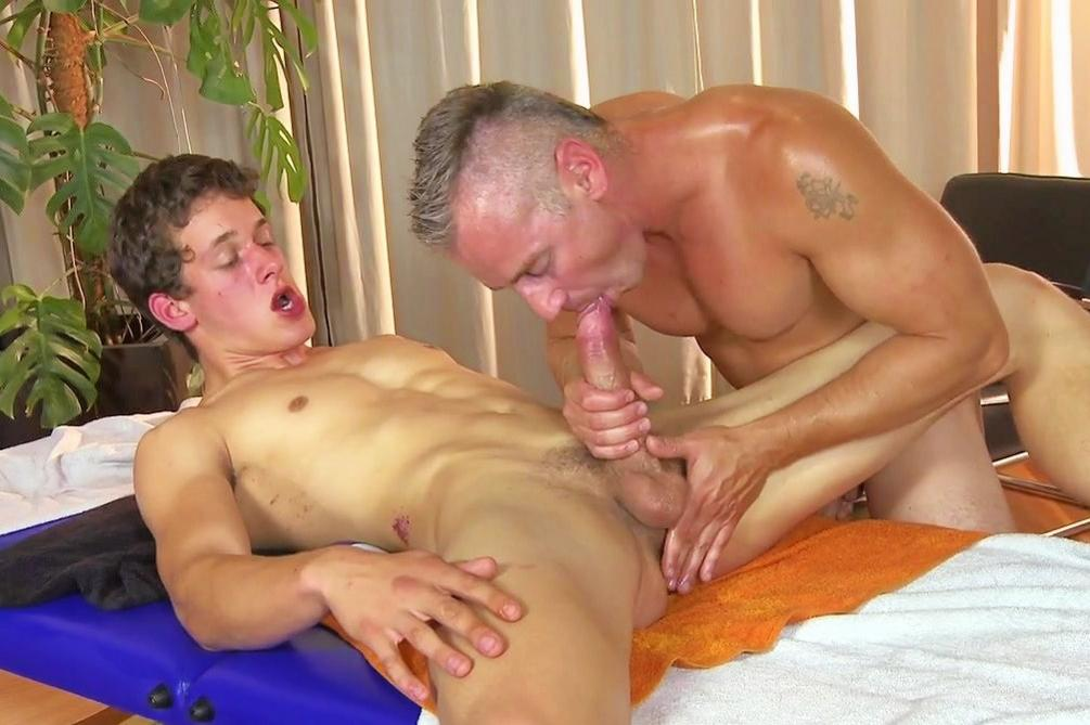 Free pics mature with twinks