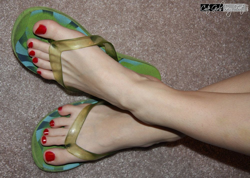 Sexy girl nude in flip flops opinion you