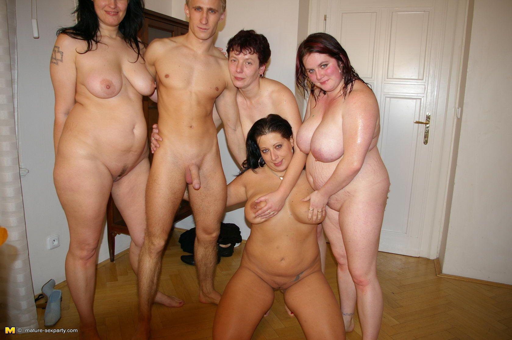 зрелые дамы с мужиками