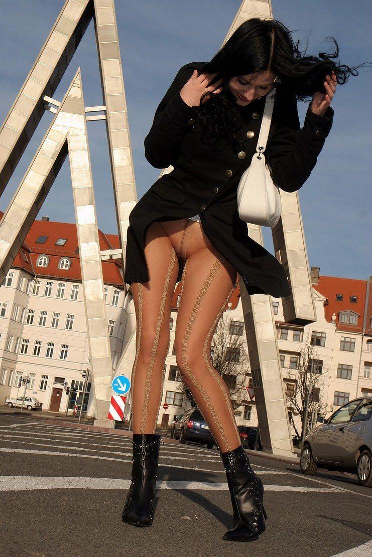 Goobers Reccomend German Stockings Upskirt