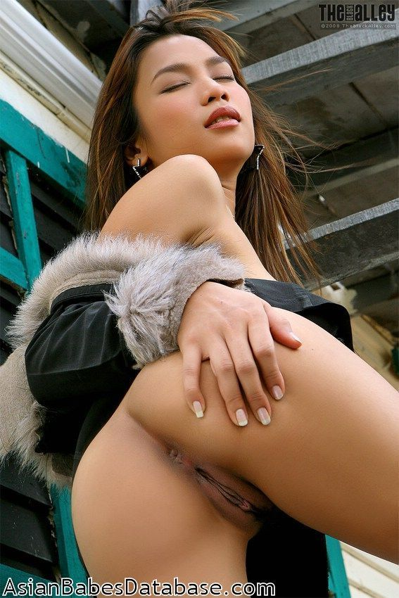 girls spread Sexy nude asian