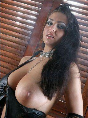 Huge Tit Smoking Porn - Big boob woman smoking . HQ Photo Porno. Comments: 4