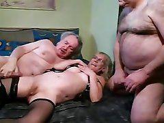 Bisexual fetish groups