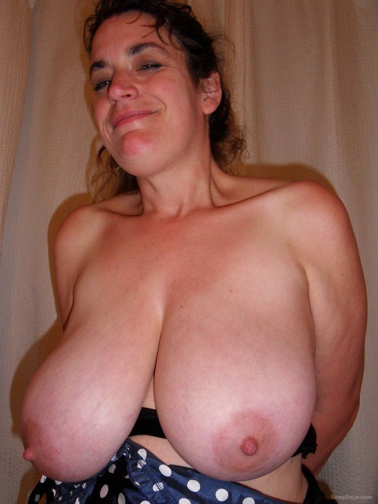 Can Busty amateur wife cum on tits sorry, not