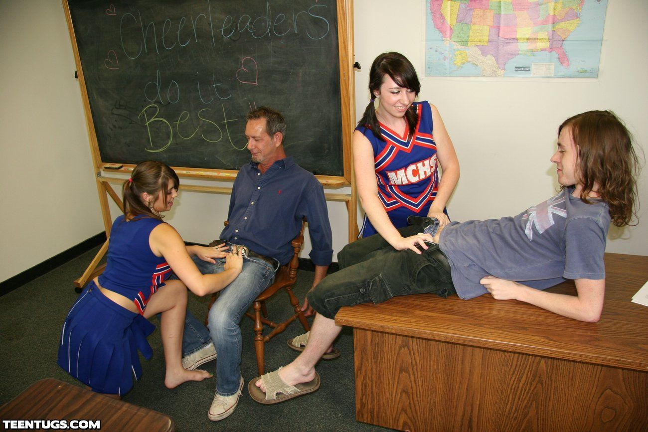 teachers pet handjob Cheerleader