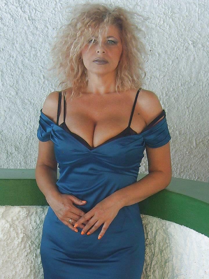 Angela busty mature . Sex archive. Comments: 2