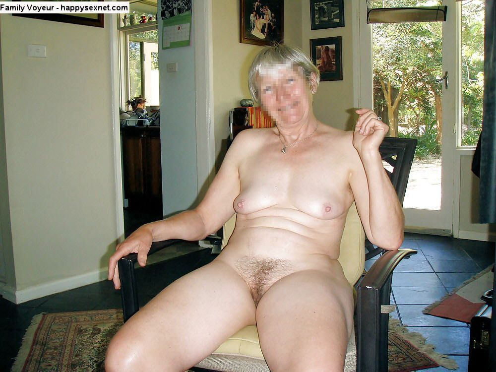 Pictures of nude plump women