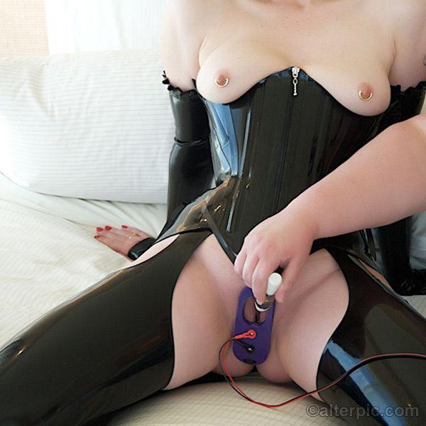 Clit electro stimulation