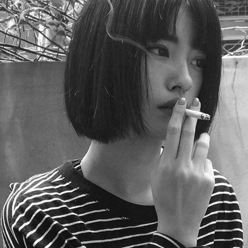 Rapunzel reccomend Asian girls smoking cigarettes
