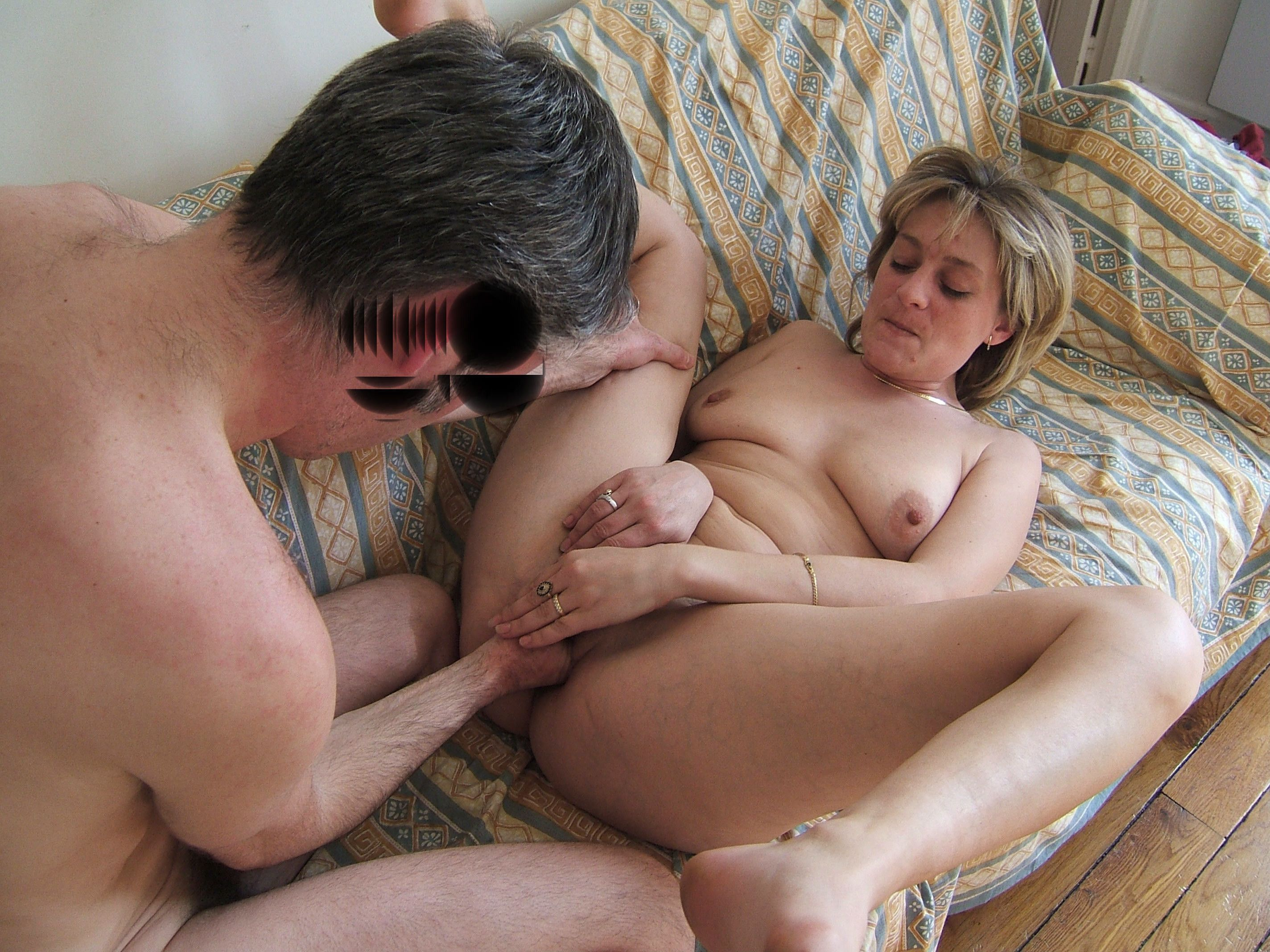 Free fisting mature movie