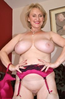 Free ultimate pornstar mature pix