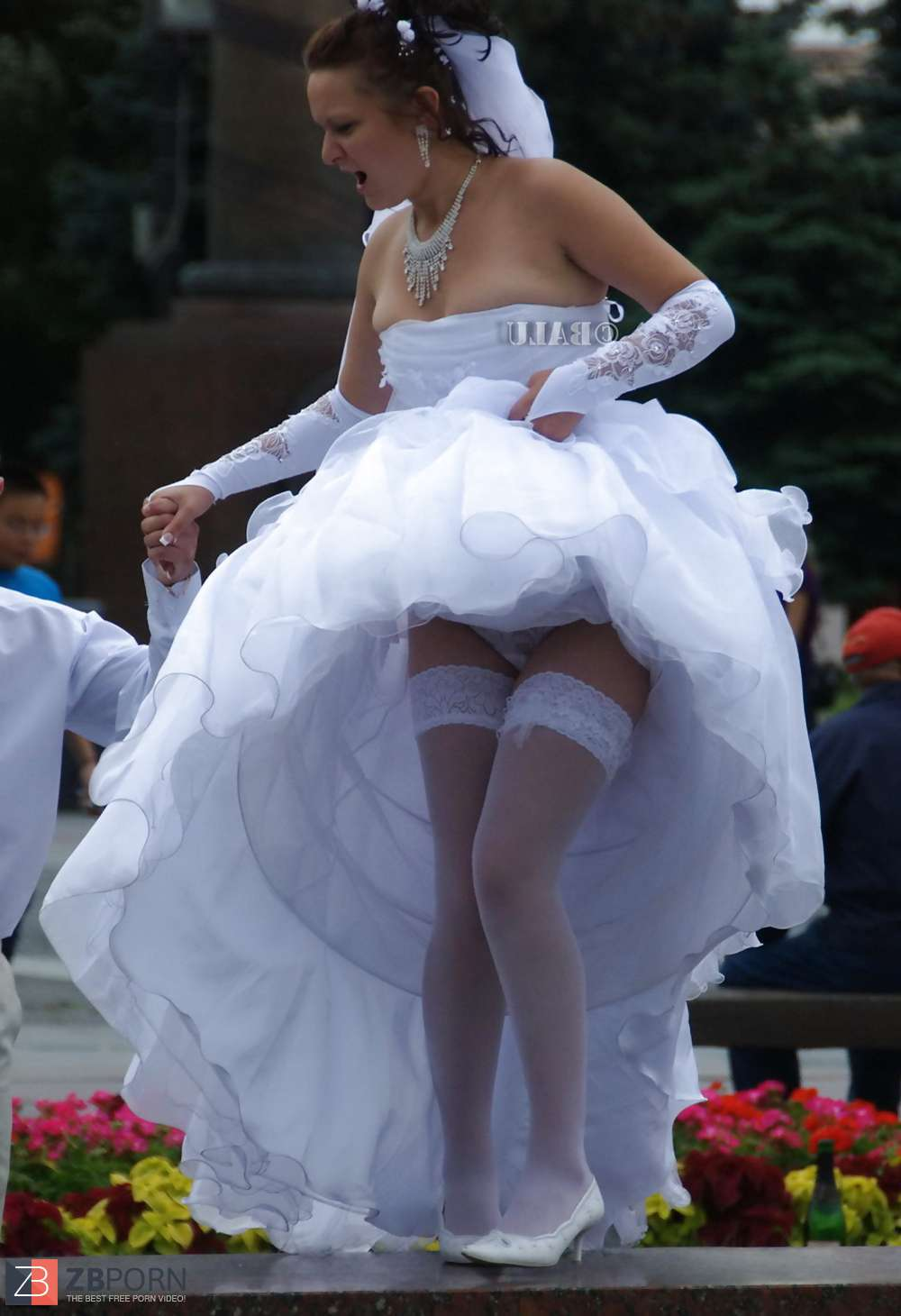 Tackle reccomend Free upskirt wedding pictures