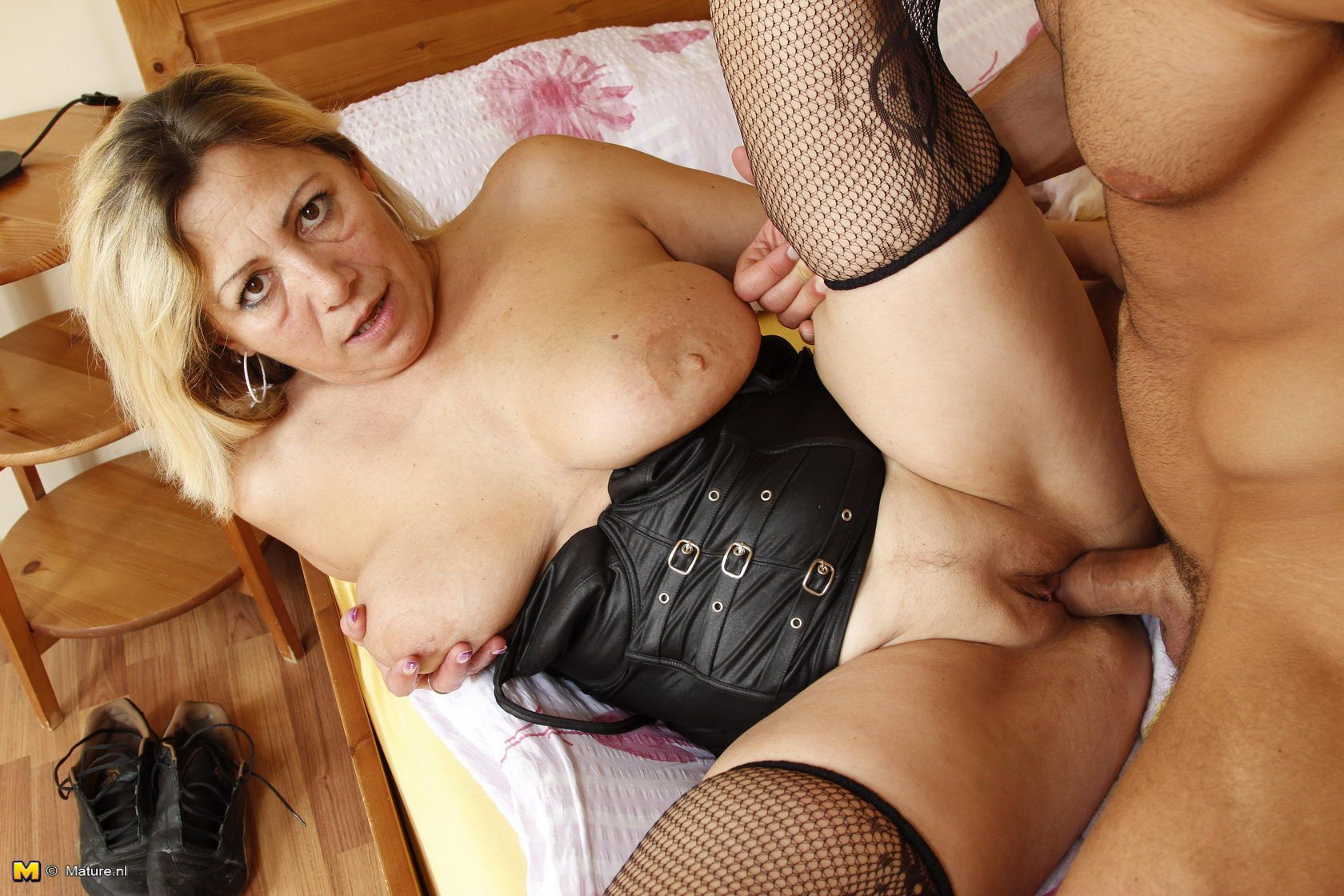 Hot girl dildo masturbates