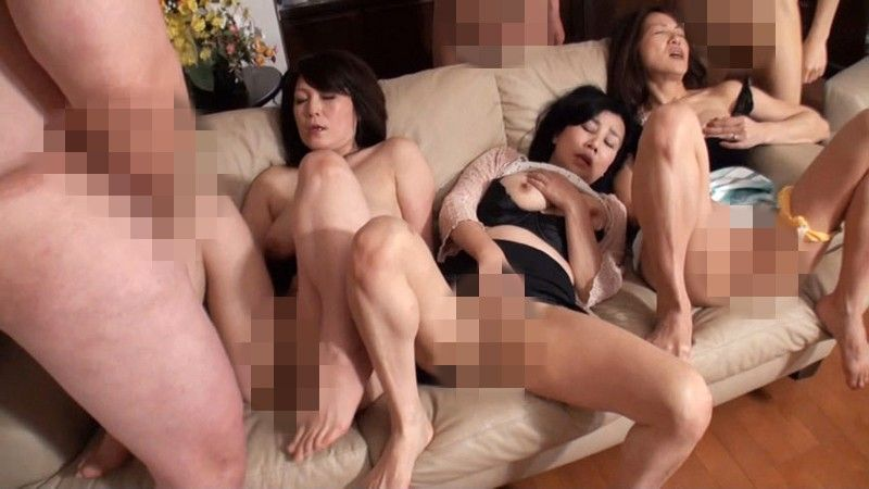 Group masturbation womens