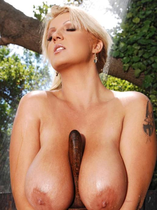 Nude big tits nipples pussy angela