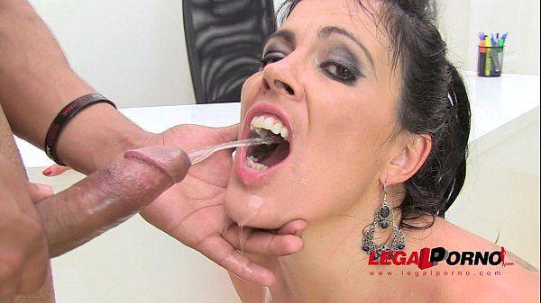Kelly thomas masturbation