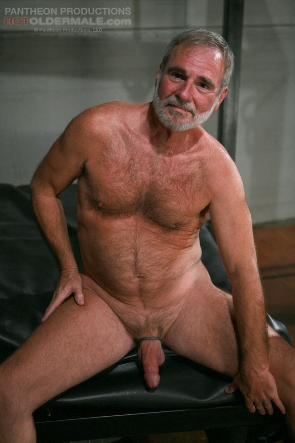 Male mature nude