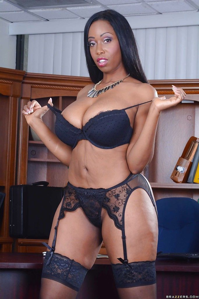 Thick ebony milf with huge tits