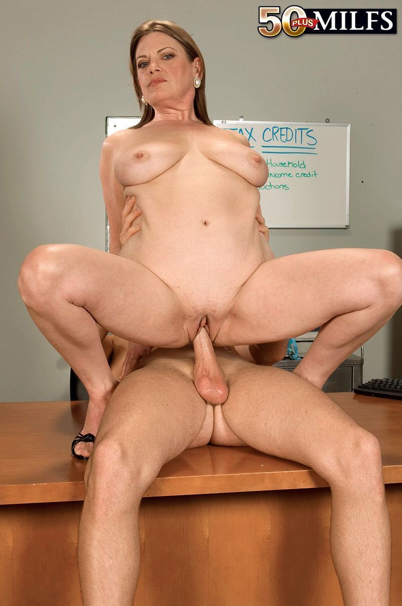 Elle b erotic