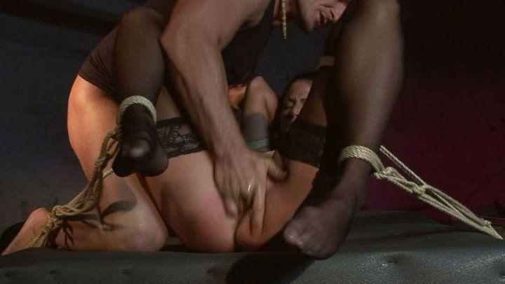 Bbw make dick hard while tv porn