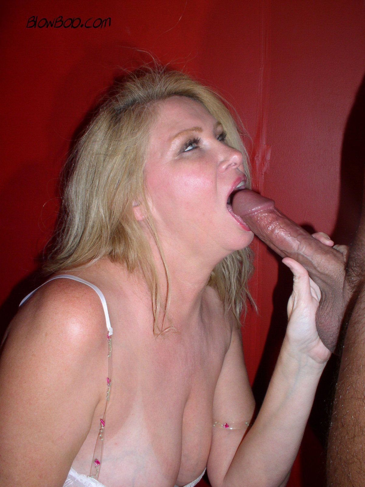 Porn milf lesbian car