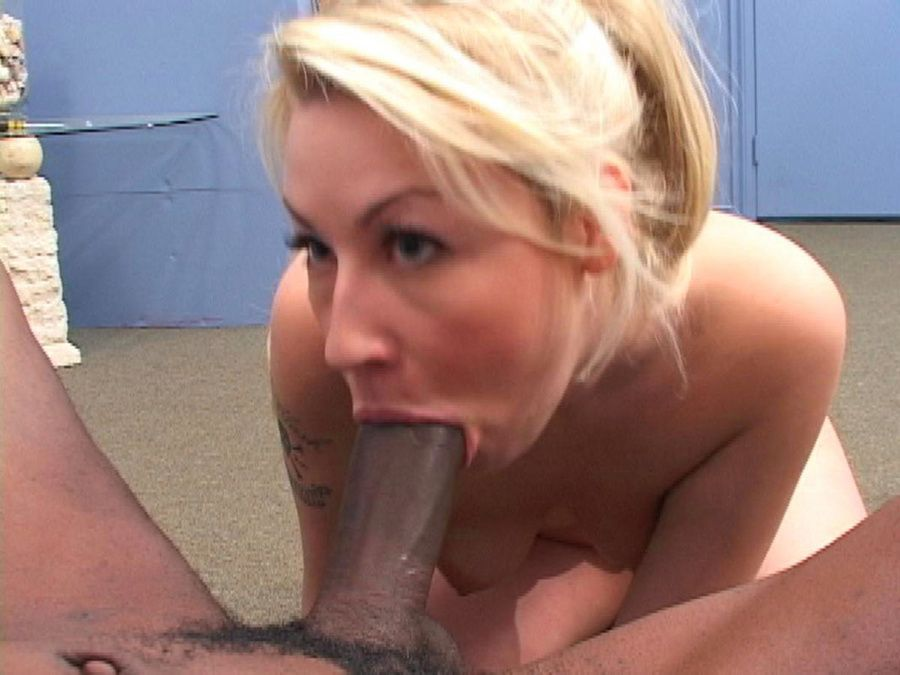 Milfs sucking huge cock