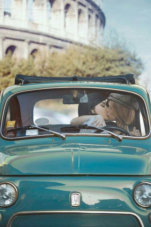 Air R. reccomend Lesbian kiss car