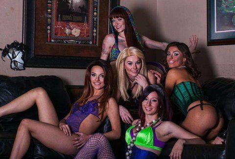 Lightening B. reccomend Dallas strip clubs the mens club