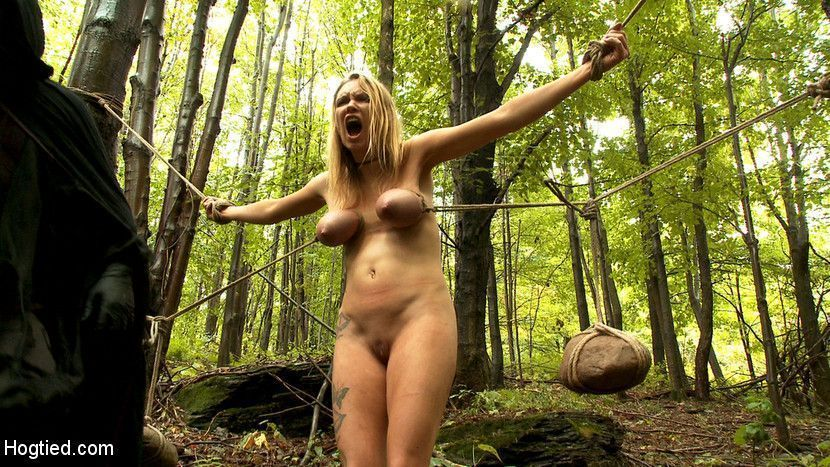 Sexy naked vanilla deville