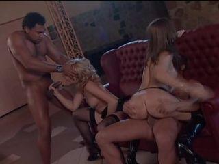 St female full nudity movie