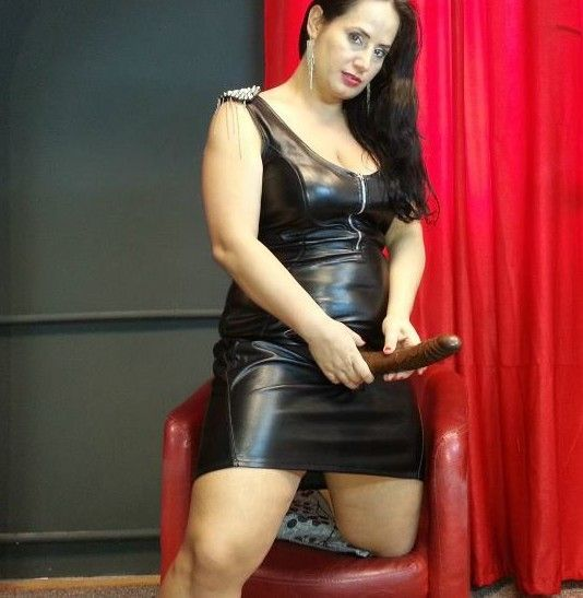 Dominatrix training online agree