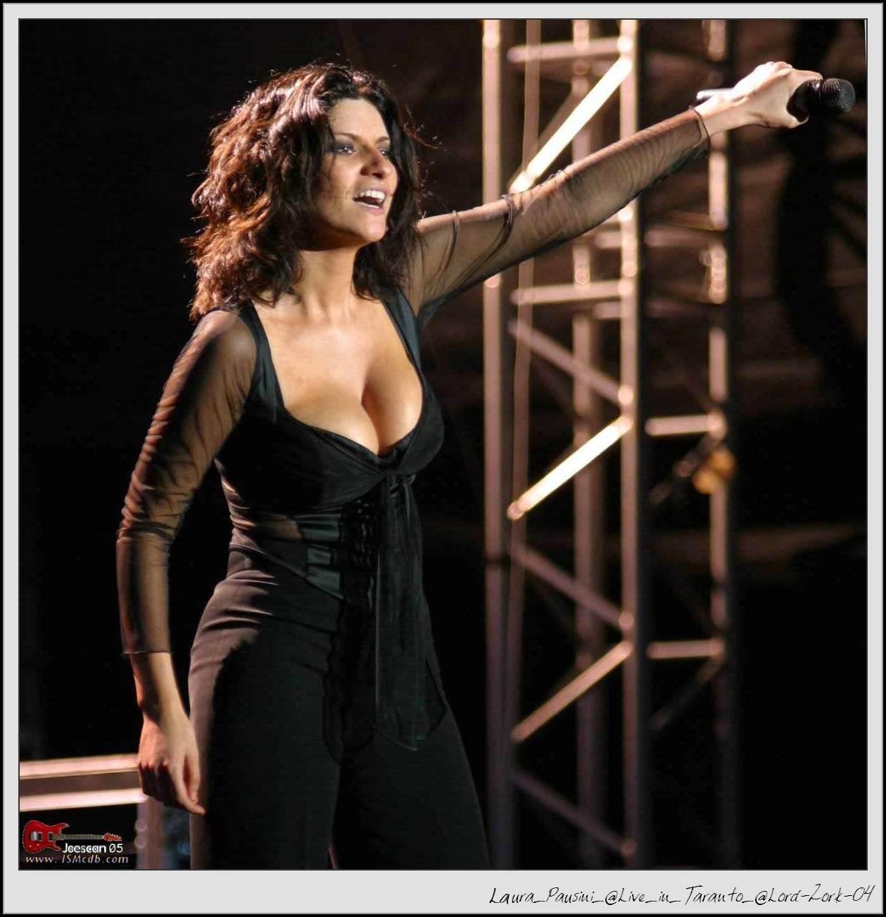 HVAC reccomend Laura pausini nake