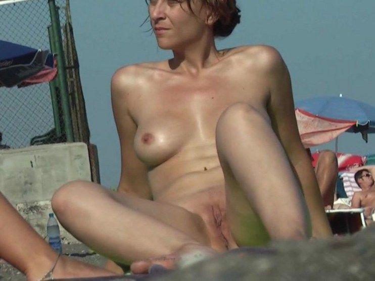 Picture voyeur female