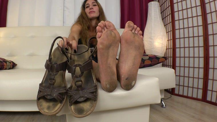 Foot fetish reviews underfeet