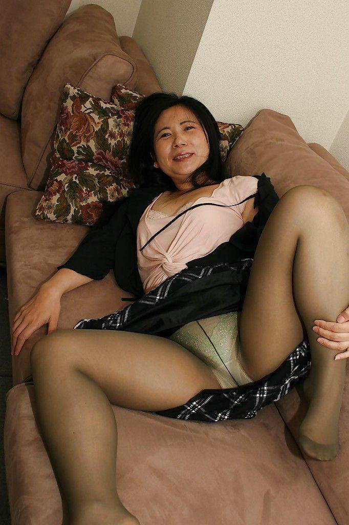 Free chubby pantyhose