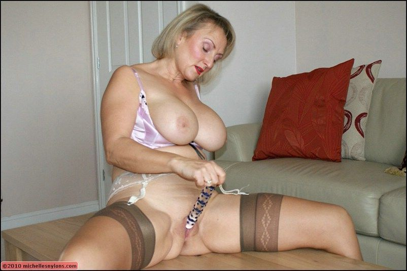 Free xxx mature videos with nylons