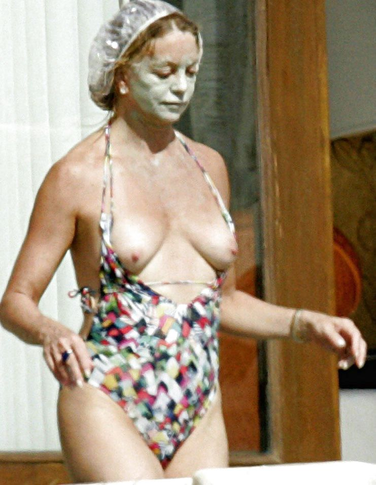 Vera farmiga naked pictures