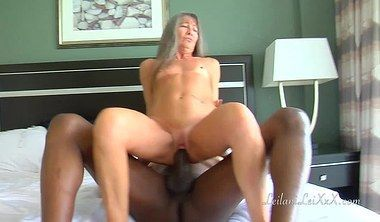 Lexus reccomend Grannies shaved pussy vids