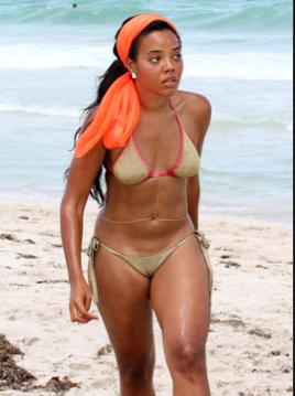 Paris reccomend Hirsute women bikinis