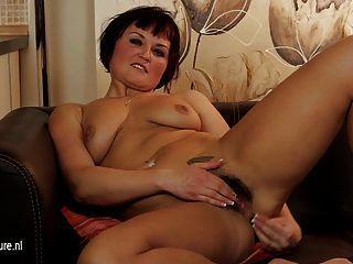 Twins lesbias porn masturbatian
