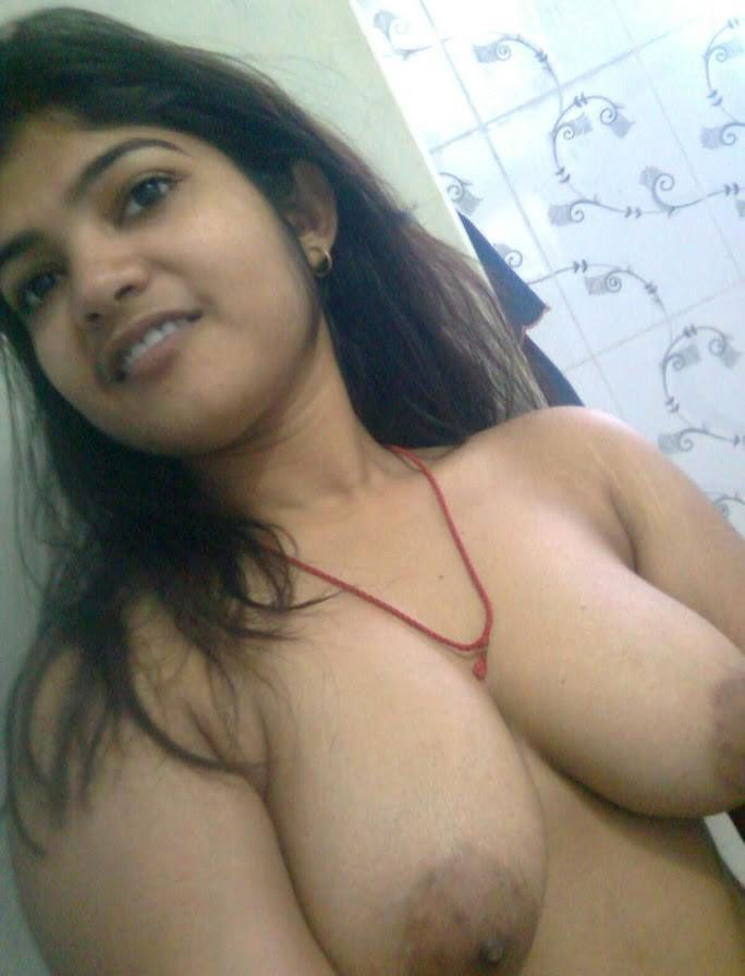 Hot nude busty boobs