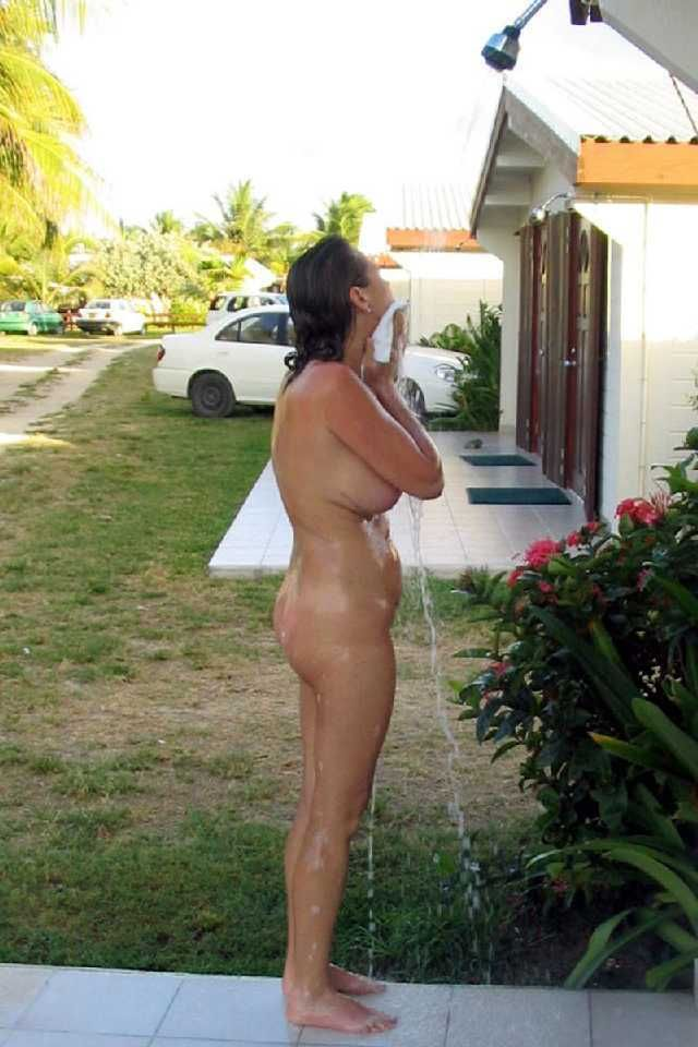 HB reccomend Nudist family shower