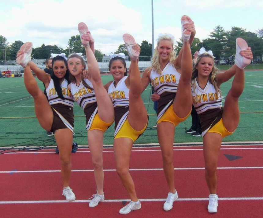 upskirt galleries Cheerleaders