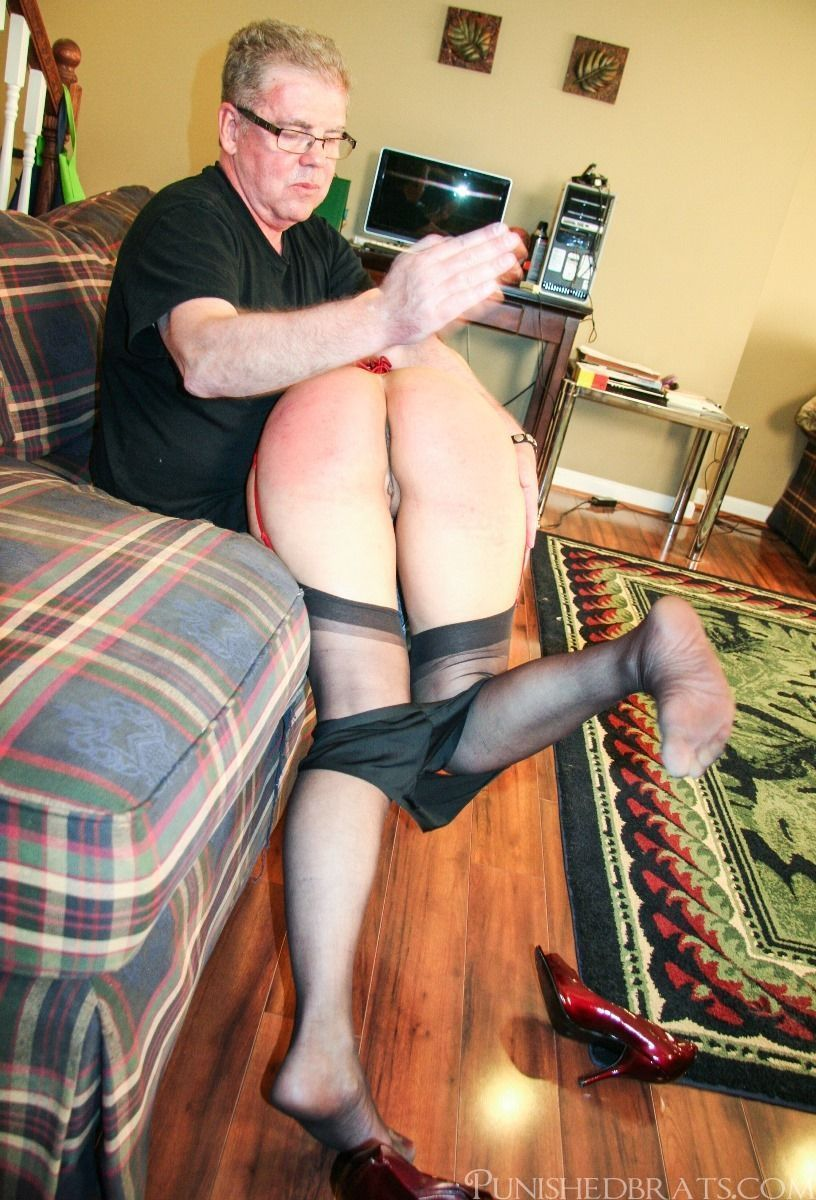 Nice spanking xxx video online